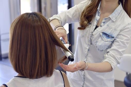 【くるりんぱ】で簡単ヘアアレンジ!ハーフアップからアップスタイルまでおすすめ髪型